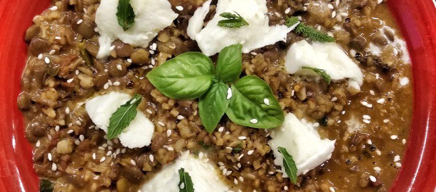Zuppa di lenticchie del mediterraneo