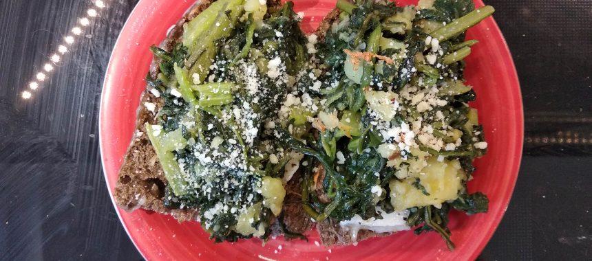 Bruschetta pecorino, cicoria e patate